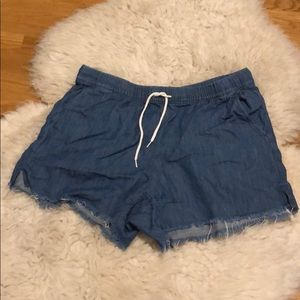 MADEWELL DISTRESSED WASHED JEAN LIKE SHORTS